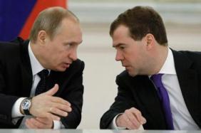 Medvédev y Putin