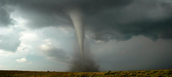 Más de 60 tornados en USA dejan 6 muertos y decenas de heridos