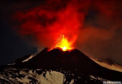 El volcán Etna vuelve a rugir