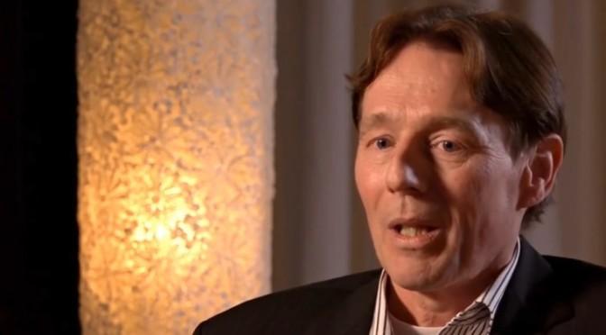 Ex miembro de los Illuminati revela las atrocidades cometidas por la élite satanista